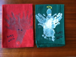 Dish Towels, memories, Christmas, kids craft, homemade, gift, holidays, present, toddler, http://www.adaptivemom.com, hands, feet, moose, Rudolph, angel, Christmas tree, penguin, Santa hat, Santa Clause, Mistletoe, mistletoes