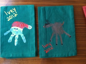 memories, Christmas, kids craft, homemade, gift, holidays, present, toddler, http://www.adaptivemom.com, hands, feet, moose, Rudolph, angel, Christmas tree, penguin, Santa hat, Santa Clause, Mistletoe, mistletoes